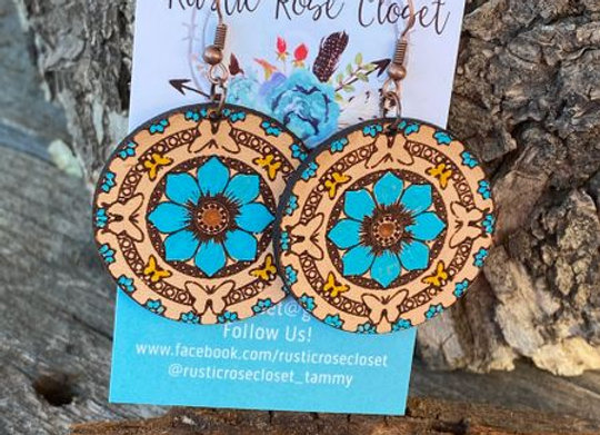 🦋 Beautiful Leather Round Floral 🌺 Earrings