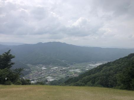 6月13日、雨上がりの神の倉