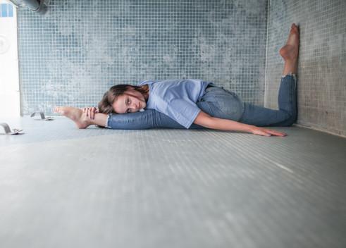 girl in splits in jeans
