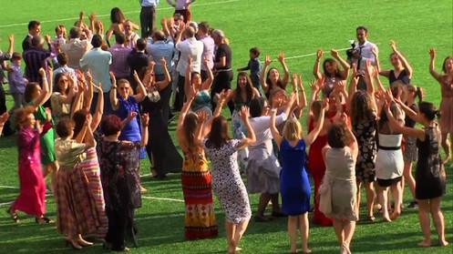 Big Simcha dancing on the field at Saracens