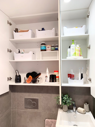 THE ocd by Christine _ organise clean declutter _ Bathroom