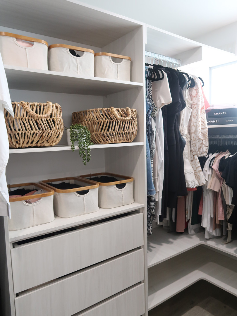 THE ocd by Christine _ organise clean declutter _ Wardrobe