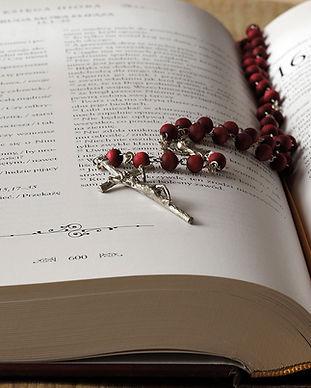 the-rosary-1766388_1920.jpg