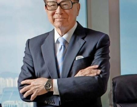 En esto es lo debes de invertir tu salario según el hombre más rico de Hong Kong
