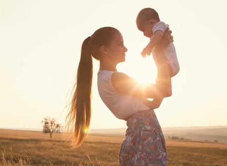 Como apoyar a una mamá soltera.