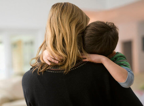 Pasos financieros para proteger a tu hijo con necesidades especiales