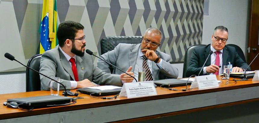Correção da tabela poderia isentar do IR quem ganha até R$ 3,5 mil, diz Sindifisco