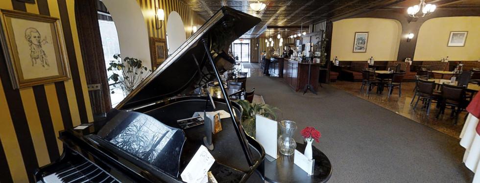Mozart's in Clintonville