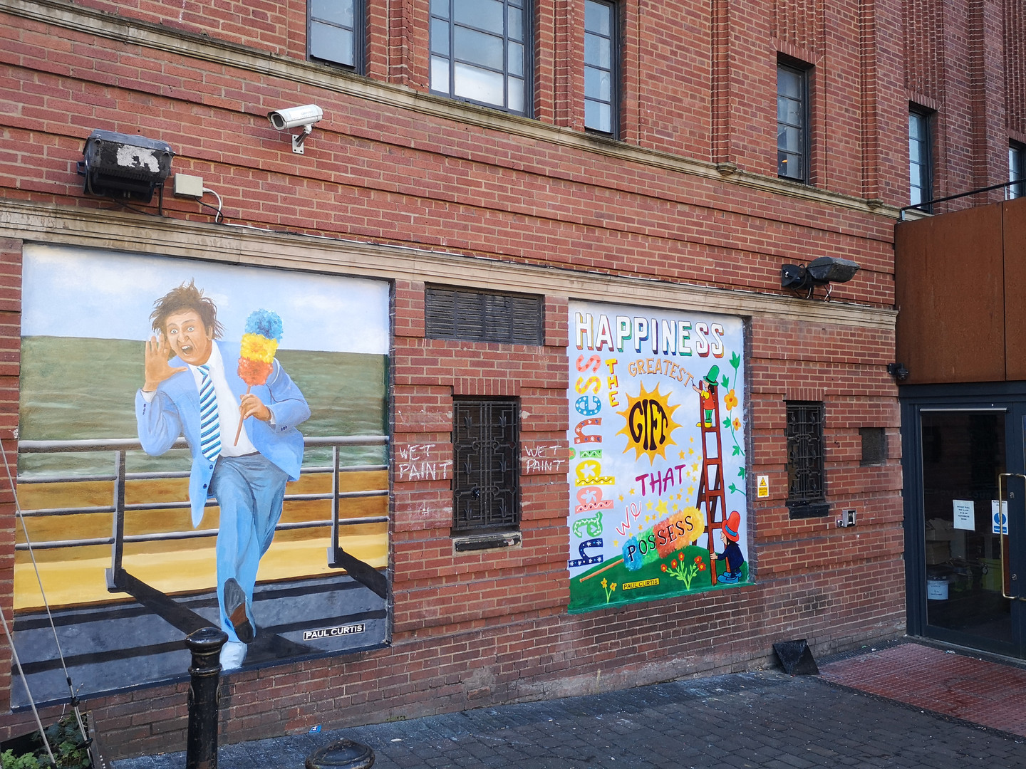 Ken Dodd and the Diddy men mural