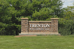Welcome+to+Trenton+Sign+west+2745.jpg