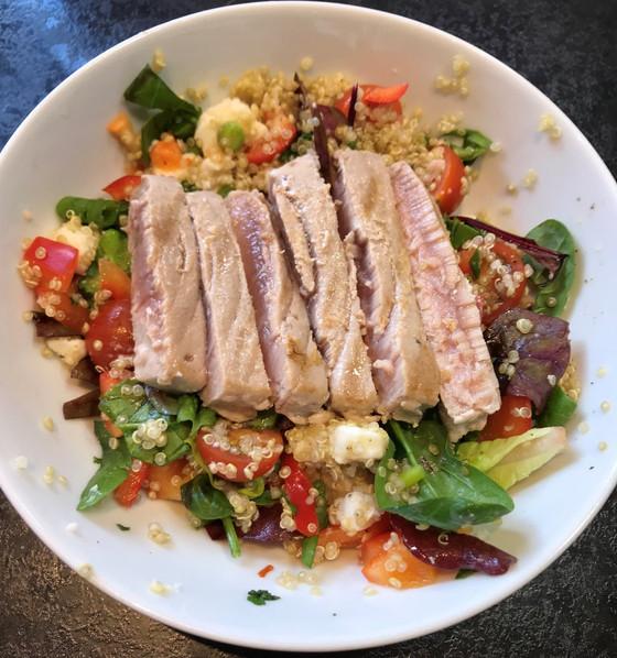 Tuna & Feta Quinoa Bowl