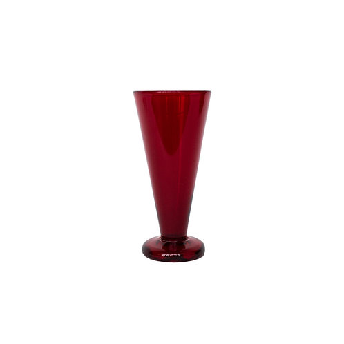 Reijmyre glas/vase in red glass designed by Monica Bratt for Reijmyre