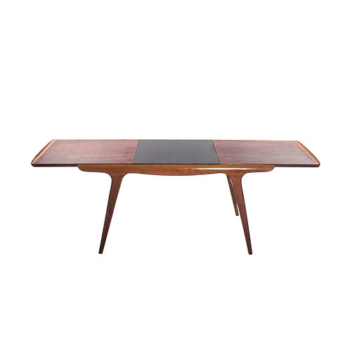 Danish extendable coffee table in teak and elm