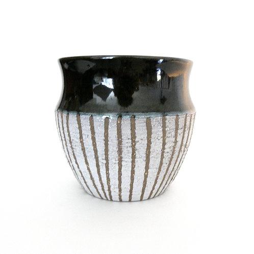 """Upsala Ekeby"" plant pot in green/white ceramic from Sweden mid-century"
