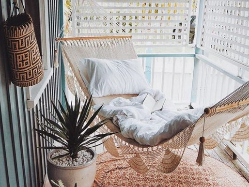 4 Elements for Creating a Balcony Oasis