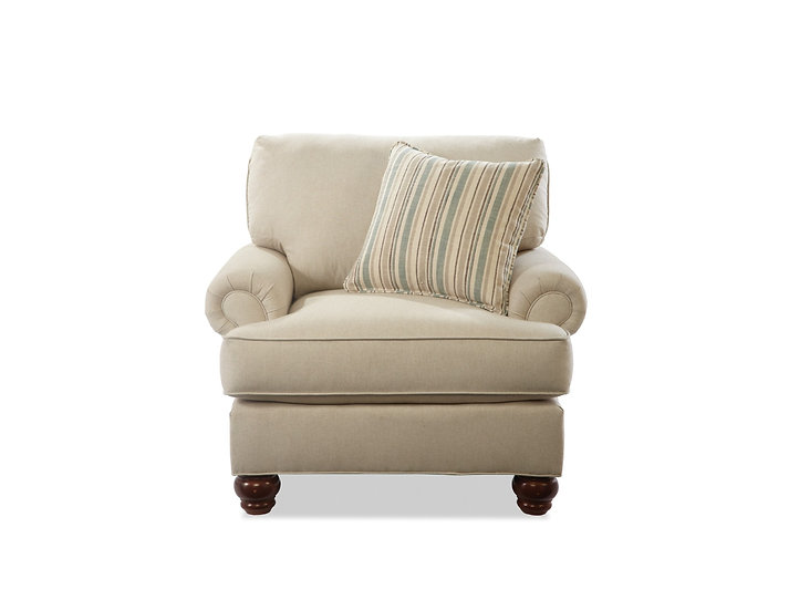 C9 - Armchair