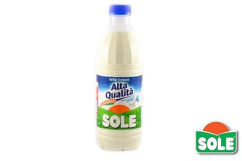 Latte fresco intero Sole