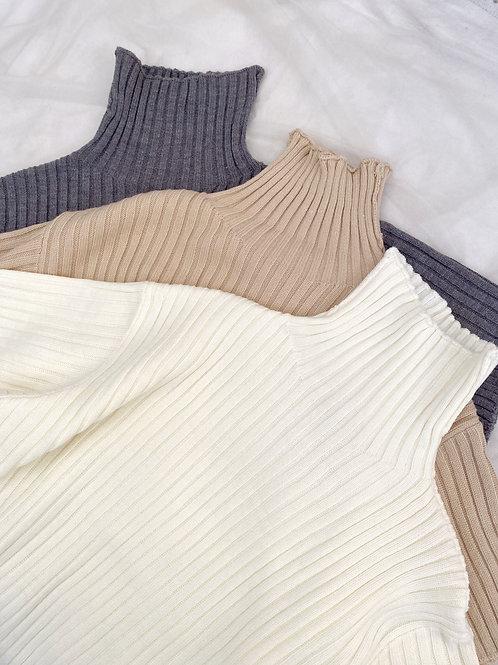 Full neck knit