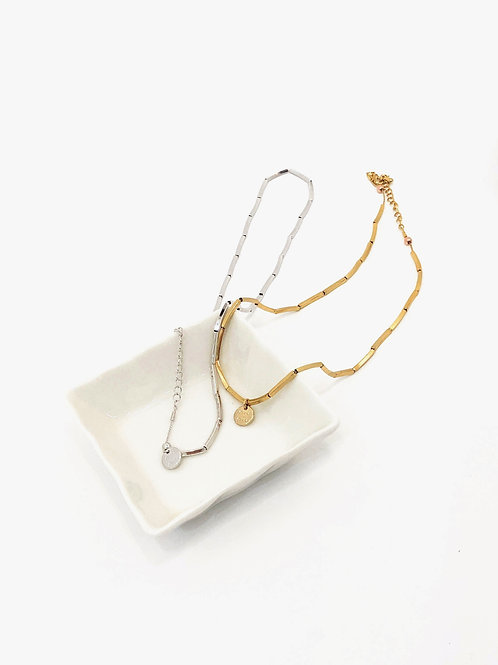 Separate chain necklace