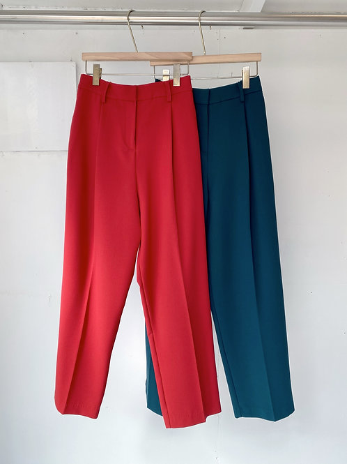 Color slacks
