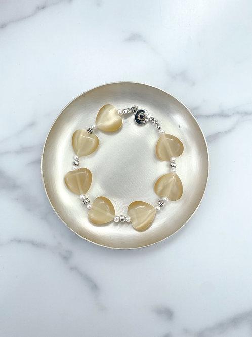 Glass heart bracelet