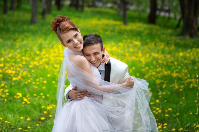 Съемка весенней свадьбы