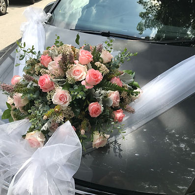bridal car decor 2019.JPG