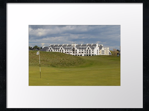 Carnoustie 17 Print or canvas, example 40cm x 30cm framed print