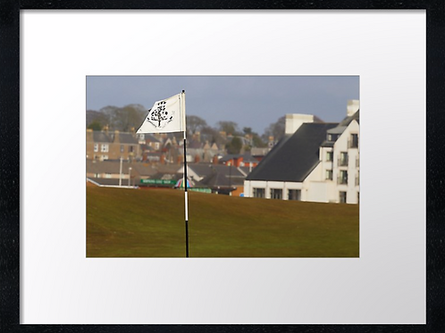 Carnoustie 18 Print or canvas, example 40cm x 30cm framed print