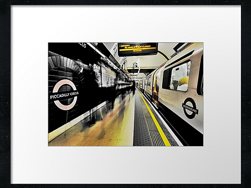 London (16) print or canvas print (example shown 40cm x 30cm framed print)