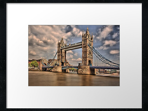 London (11) print or canvas print (example shown 40cm x 30cm framed print)