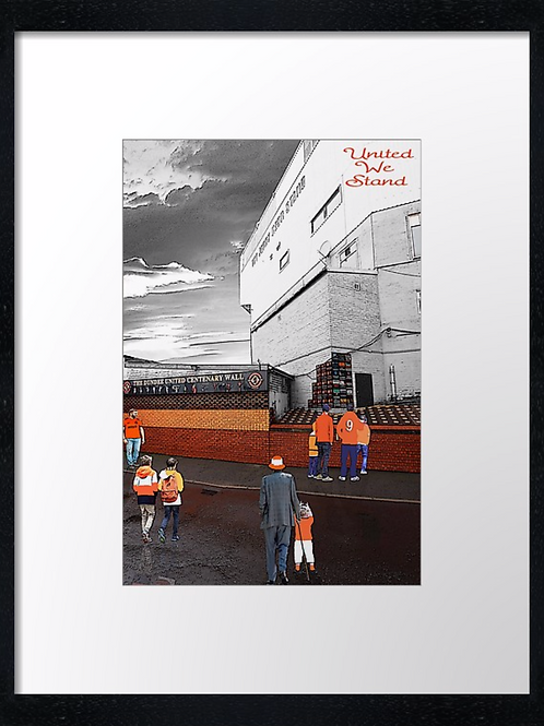 Dundee United (1) 40cm x 30cm framed print or canvas print