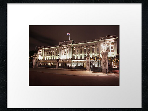 London (17) print or canvas print (example shown 40cm x 30cm framed print)