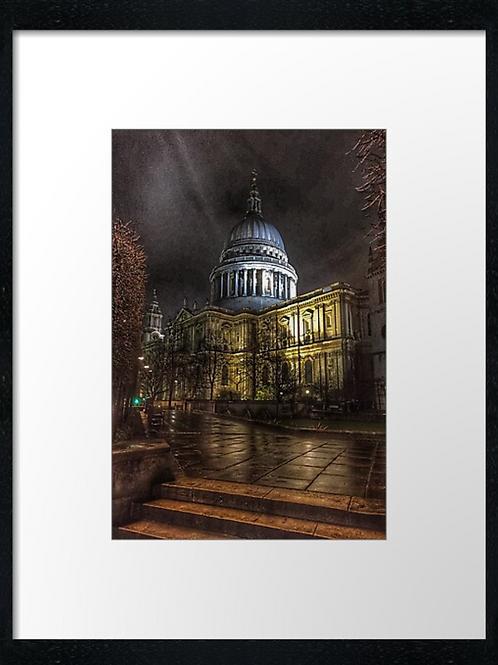 London (18) print or canvas print (example shown 40cm x 30cm framed print)