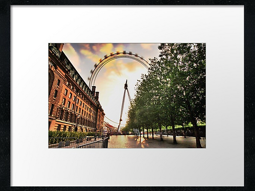London (13) print or canvas print (example shown 40cm x 30cm framed print)