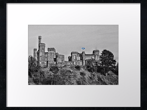 Inverness castle 40cm x 30cm framed print or canvas print