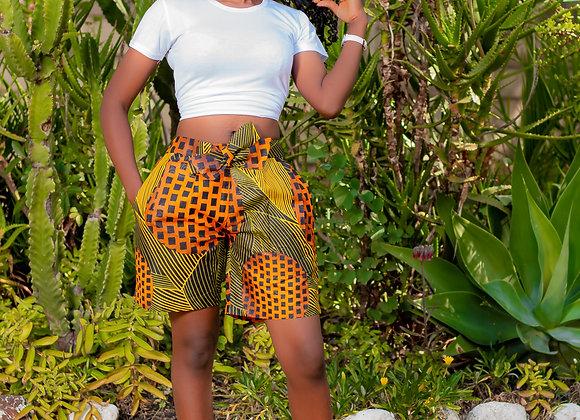 Zee belted Shorts