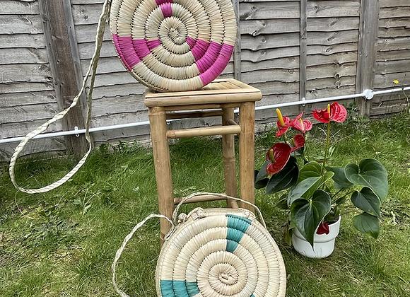 Ruvi -Natural Reed hand-woven handbag