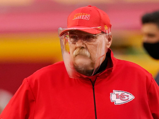 Andy Reid Goes Back To College on 4th-down Play Call.