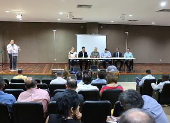 Imagens do seminário de vereadores em Corumbá MS