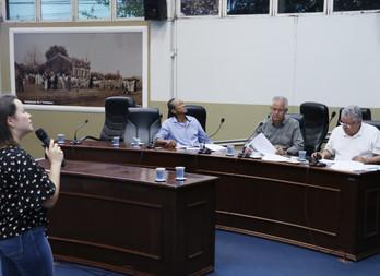 Câmara de Dourados recebe prestação de contas da Saúde, referente ao 3º quadrimestre de 2019