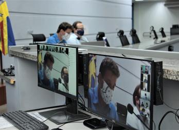 Em live, médicos defendem protocolo para tratamento precoce contra a Covid-19