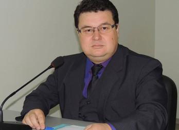 Márcio Araguaia, primeiro Vereador de Naviraí a receber a Medalha Tiradentes do Comando Polícia Mili