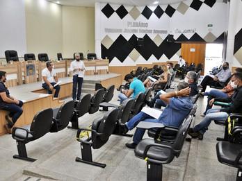 Vereadores recebem vice-prefeito para apresentação de ações da prefeitura