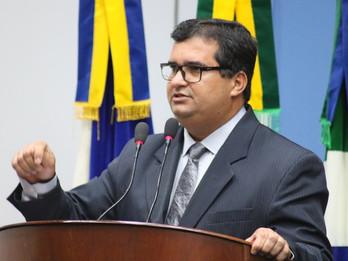 Madson Valente reitera pedido de informações sobre a taxa de iluminação pública