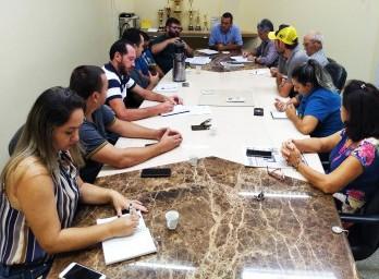 Poder Legislativo e Executivo convocam reunião para solucionar problemas no transporte coletivo