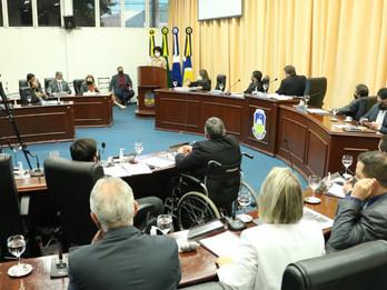 Câmara de Dourados aprova multa de R$ 15 mil para donos de imóveis com festas clandestinas