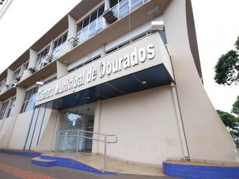Câmara de Dourados aprova adiamento a vetos do Poder Executivo