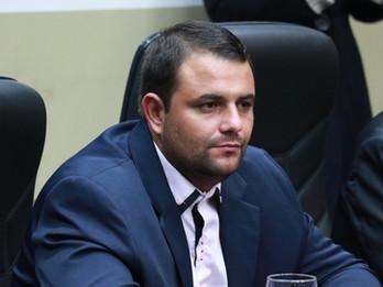 Proposta de Carlito visa capacitação de professores e servidores da REME e CEIMS