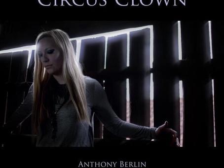 Music: Circus Clown – Berlin & Hummingson